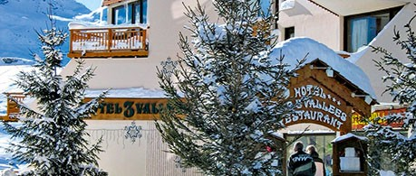 Hotel Des Trois Vallees from £986