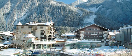 Hotel Strass from £787