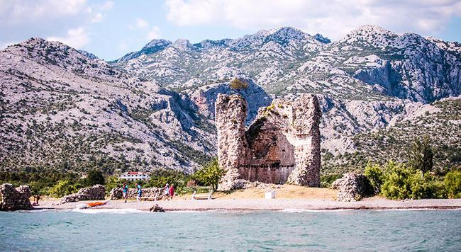 Structures in Paklenica National Park