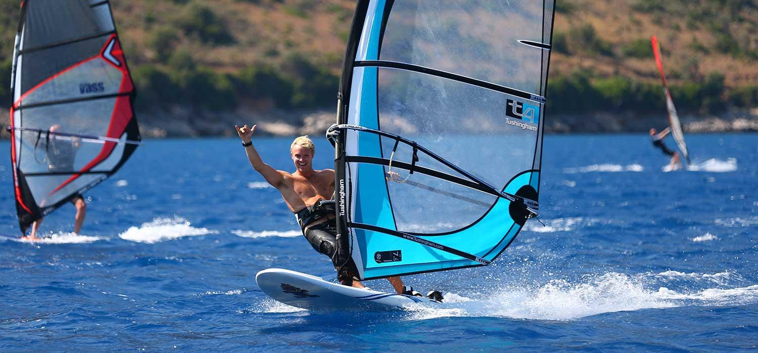 Top beachclubs for windsurfing