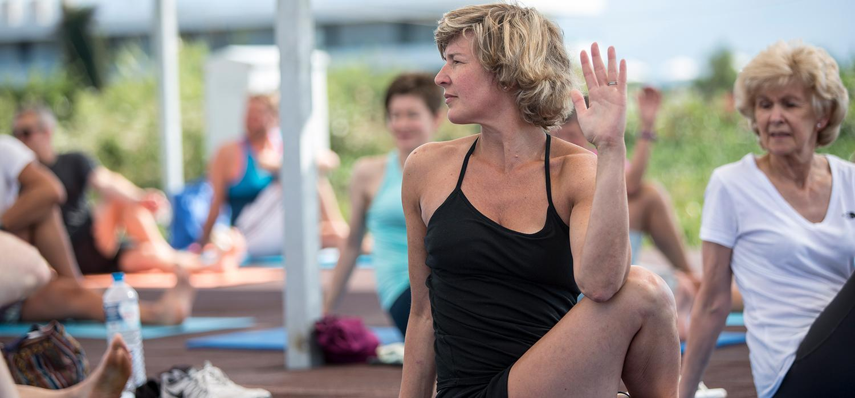 Does yoga improve posture?