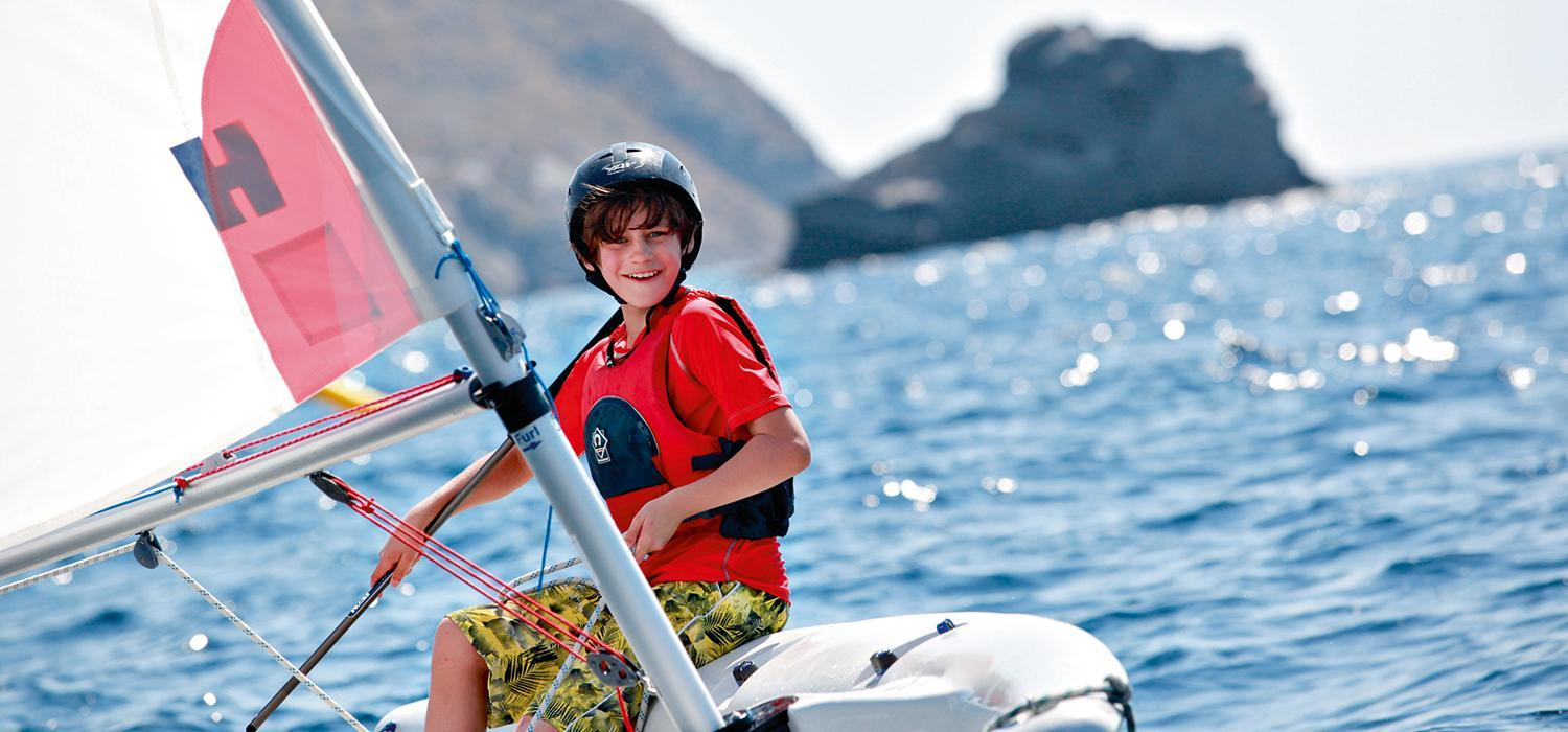 dinghy sailing in Lemnos