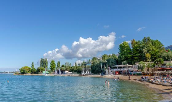 The beach at Vounaki Beachclub