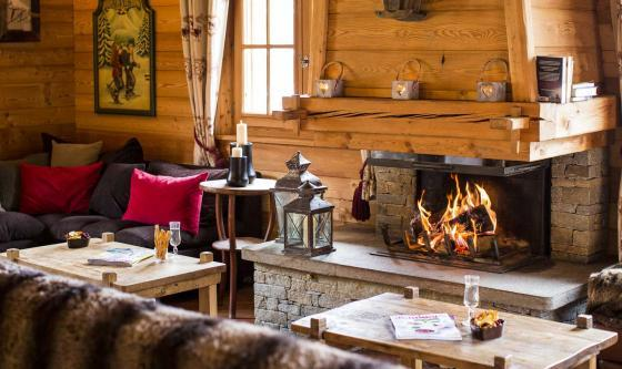 The cosy lounge in the Chartreuse